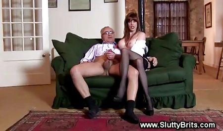 યુરી આપે સુંદર શરીર porn છે મારવી પહેલાં પગ licked