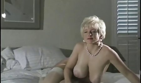 ગુદા સુંદર પોર્ન ઘૂંટણ માં સતામણી મોમ
