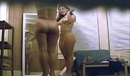 નિર્લજ્જ અમાન્ય: સોનેરી Tilde ખાવાથી લોડો સુંદર પોર્ન વીડિયો
