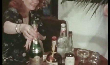 ફ્રેન્ચ છુપાયેલા પોર્ન સાથે એક ખૂબસૂરત મોડલ કેમેરા