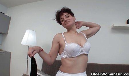 Tamed જેમની અતીશય કામોત્તેજક છોકરી કિશોર કે કિશોરી gagged સુંદર પોર્ન સચિવ અને fucked