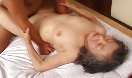ગંદા krasivoeporno કન્ત્ રમતો સાથે એમી બ્રૂક અને બતાવે છે