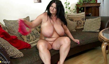 બતાવી તેના હજામત કરેલું ભોસ ચુત તે શ્રેષ્ઠ માર્ગ છે તે પીંજવું સુંદર પોર્નો કરી શકો છો